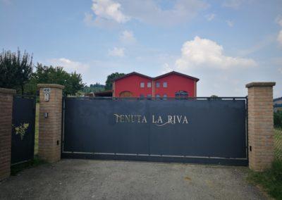 Entrata Tenuta La Riva
